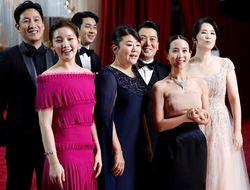 【새롬세평(世評)】 영화 '기생충'(PARASITE), '아시아 최초' 아카데미 각본상 수상 쾌거.… '기생충'이 써 내려갈 역사는 아직 끝나지 않았다.